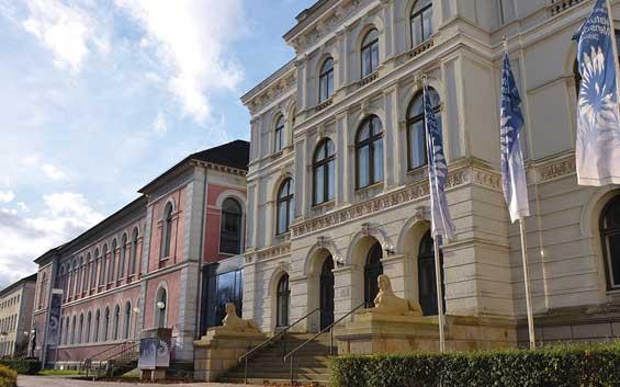 Landesmuseum Natur und Mensch